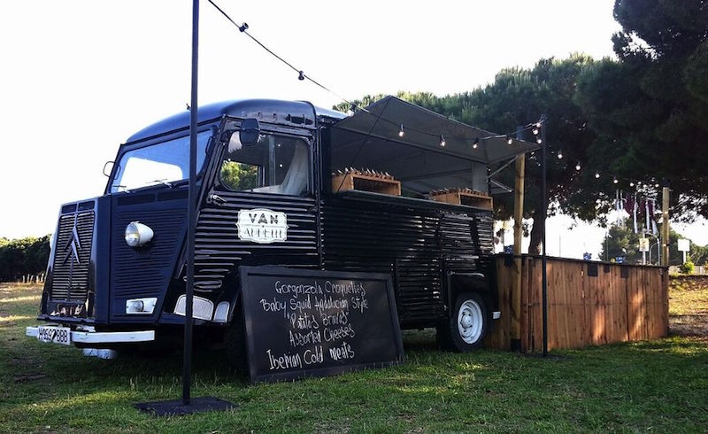 The furgo bar nuestra food truck catering l 39 empord for Food truck bar le duc