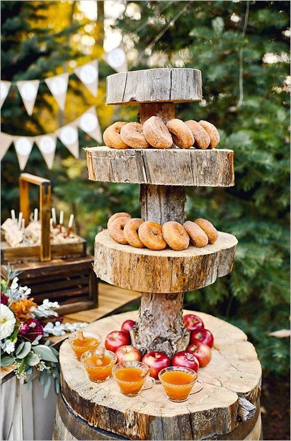 ideas para decorar una boda en otoo buffet de donuts