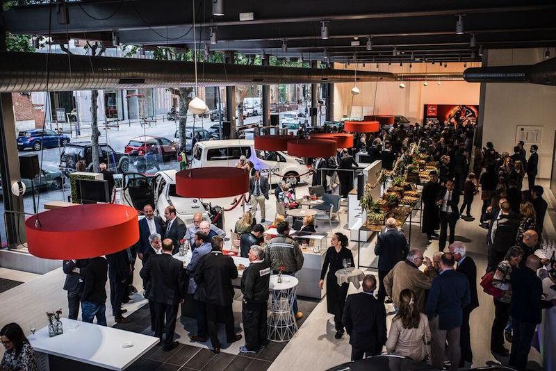Inauguración de Nissan Romauto