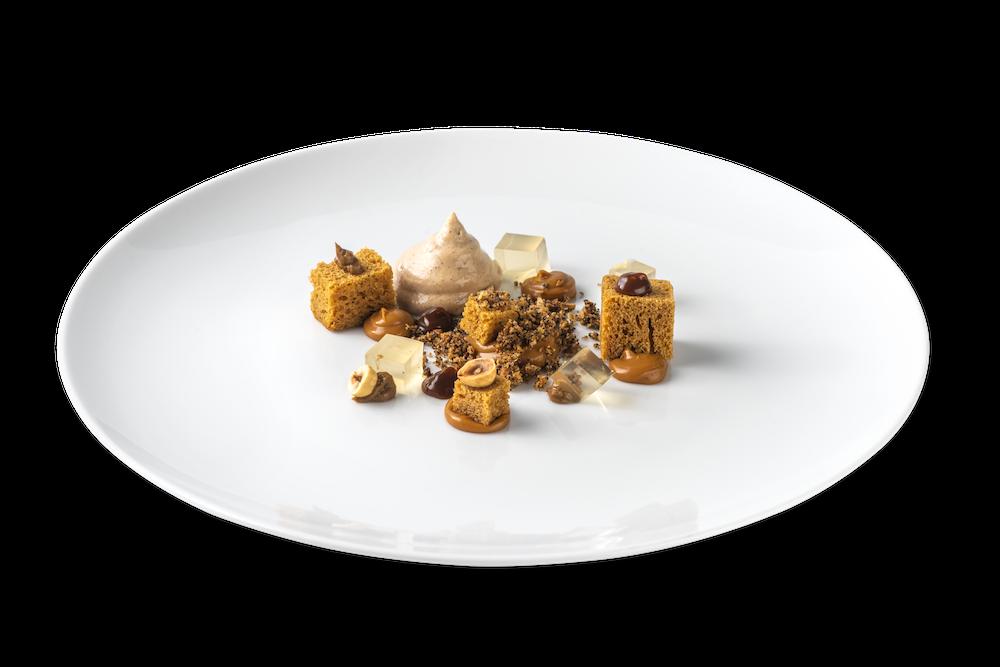 Caramelo salado con gelée de Amaretto y praliné de avellana