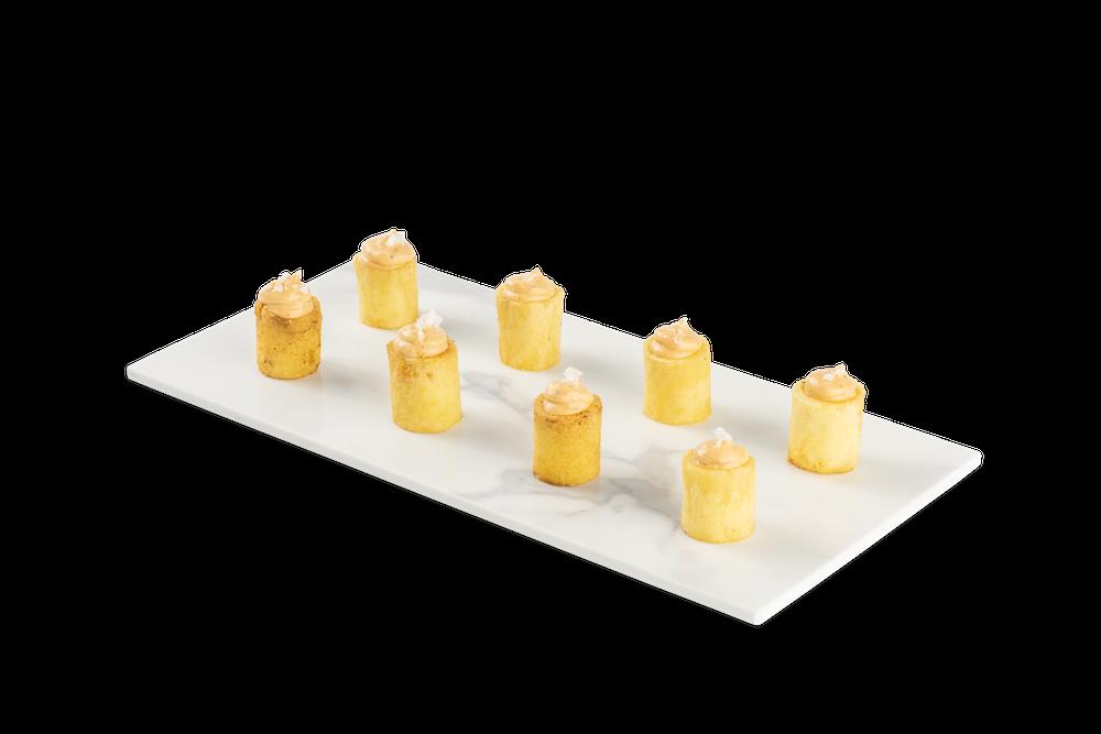 Patata cilíndrica con salsa Brava
